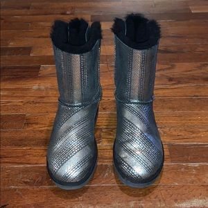 Ugg Holiday Bailey Bow boots